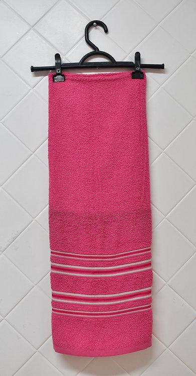 Toalha de Rosto Rosa com Detalhes Brancos
