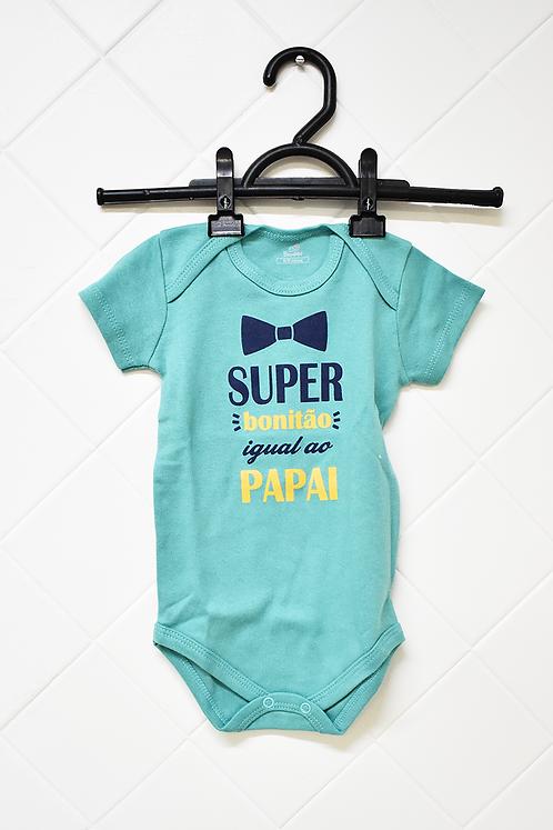 Body Bebê Verde com Estampa de Gravata Borboleta - Super Bonitão Igual ao Pai