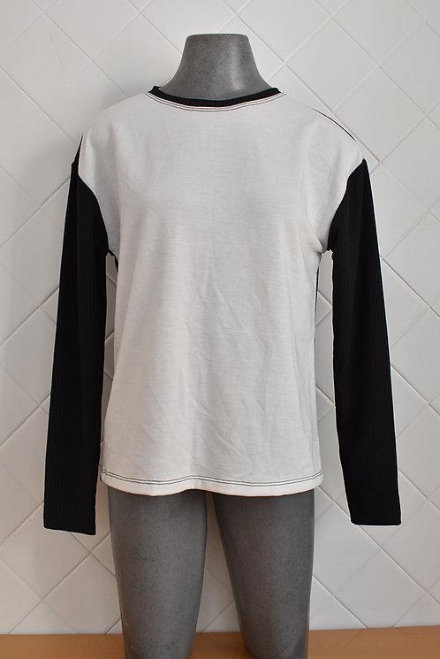Blusa Básica Feminina Preta e Branco
