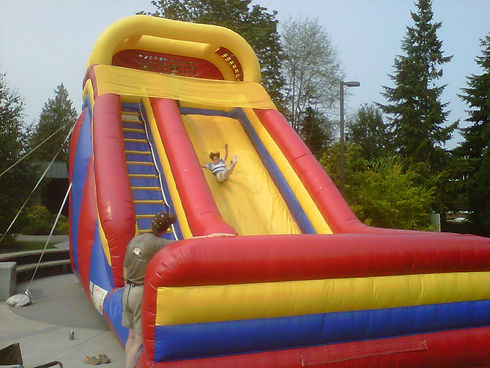 Inflatable slide at a bouncy house birthday party in Kirkland WA