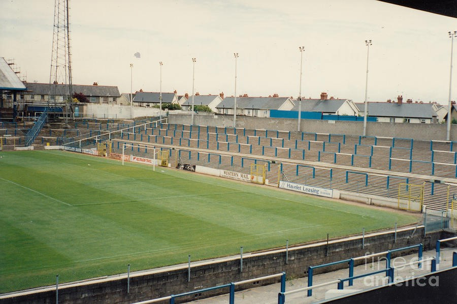 The old away end at the hostile Ninian Park c.1984.