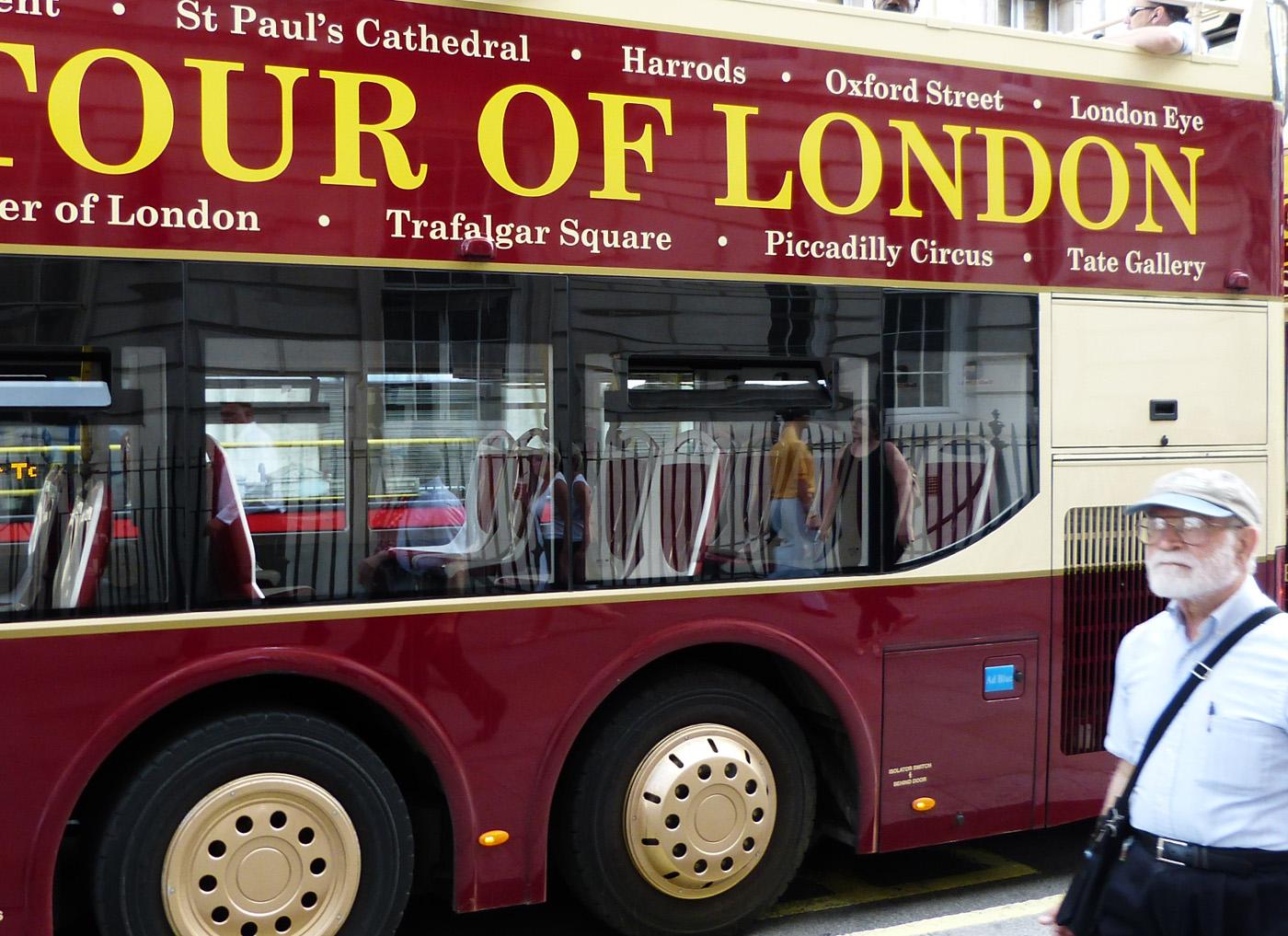 LONDON TOUR by John Cano-Lopez.jpg