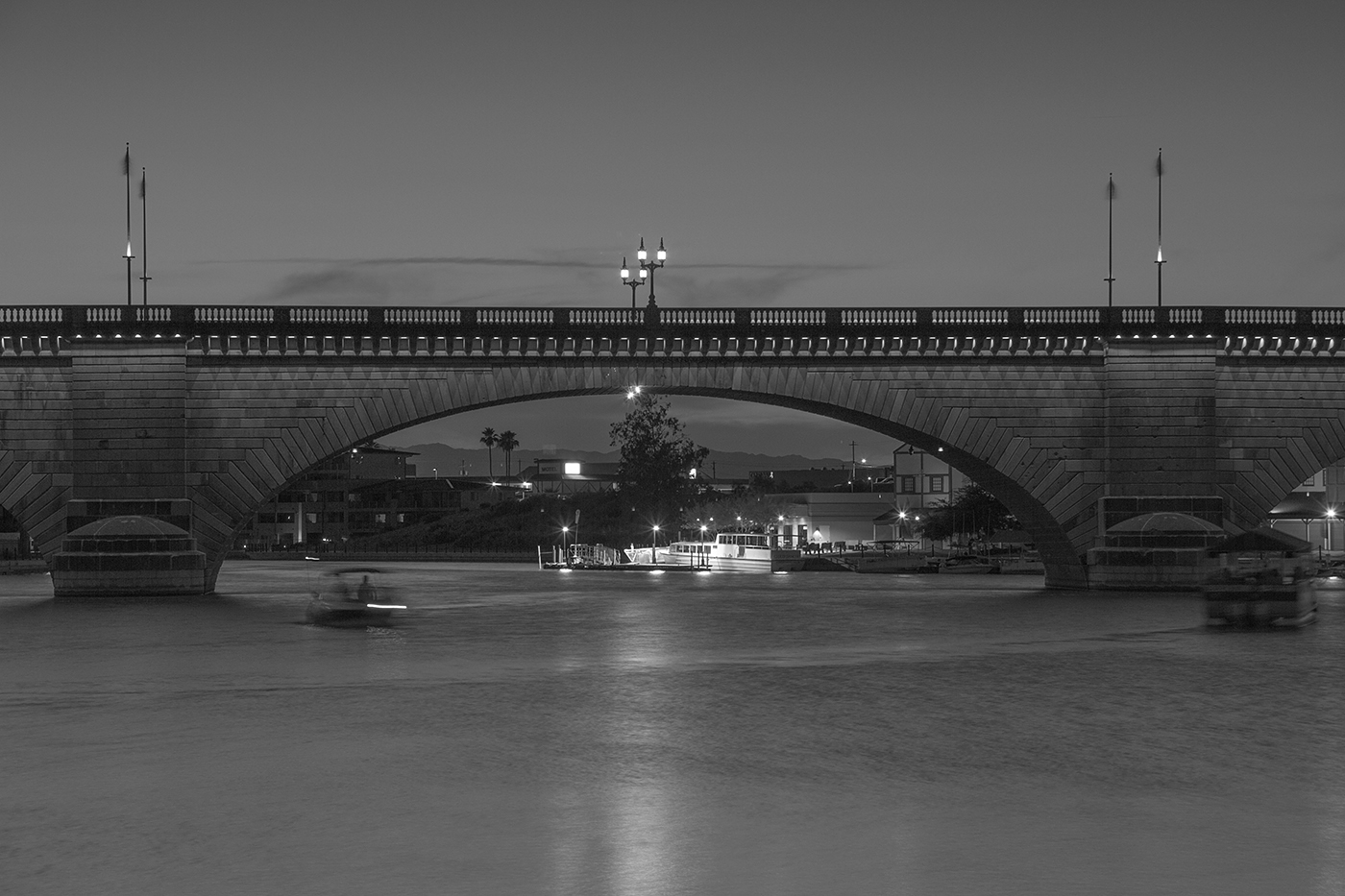 LONDON BRIDGE USA by Peter Morrish