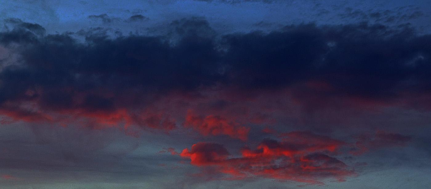 RED SKY OVER STOKE POGES by Ray Mengham.jpg