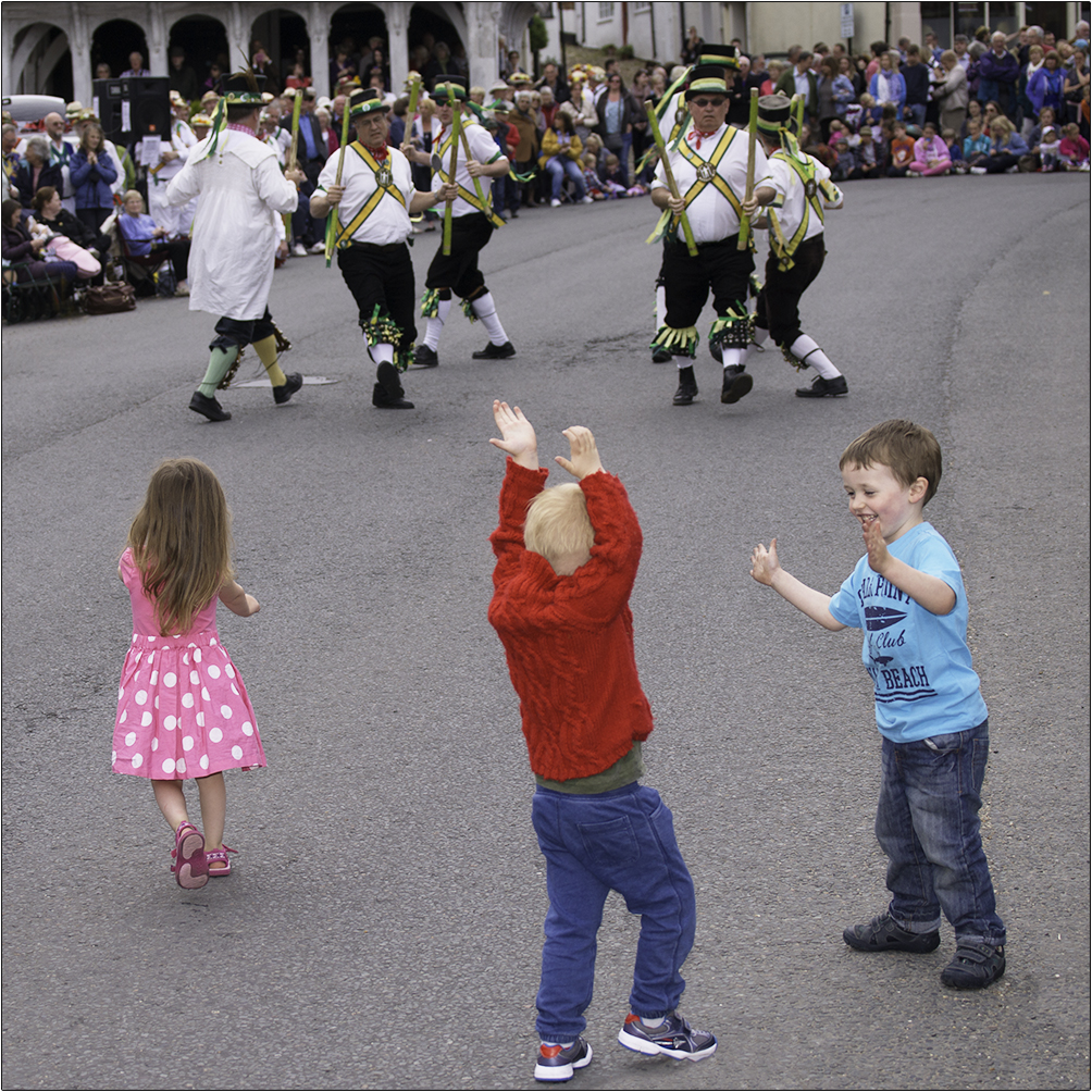 NEXT GENERATION MORRIS MEN by Andy Smith