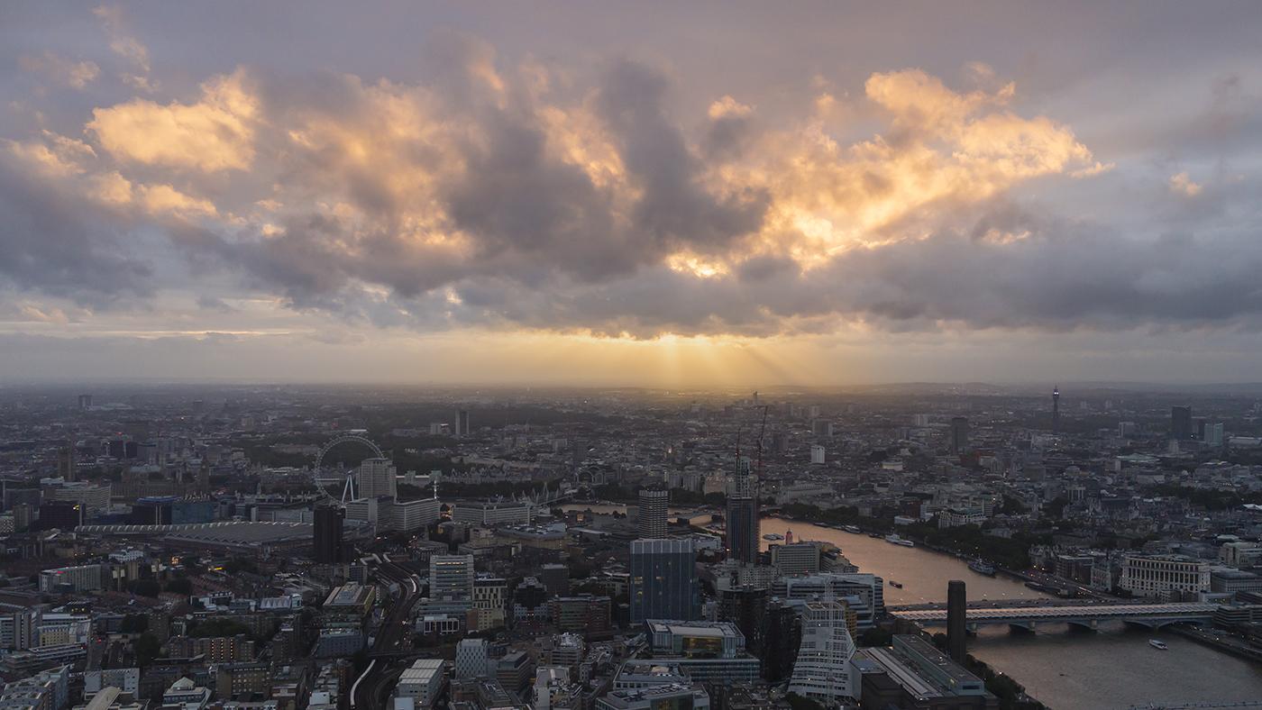 ARMAGEDDON OVER LONDON by Paul Langford.jpg