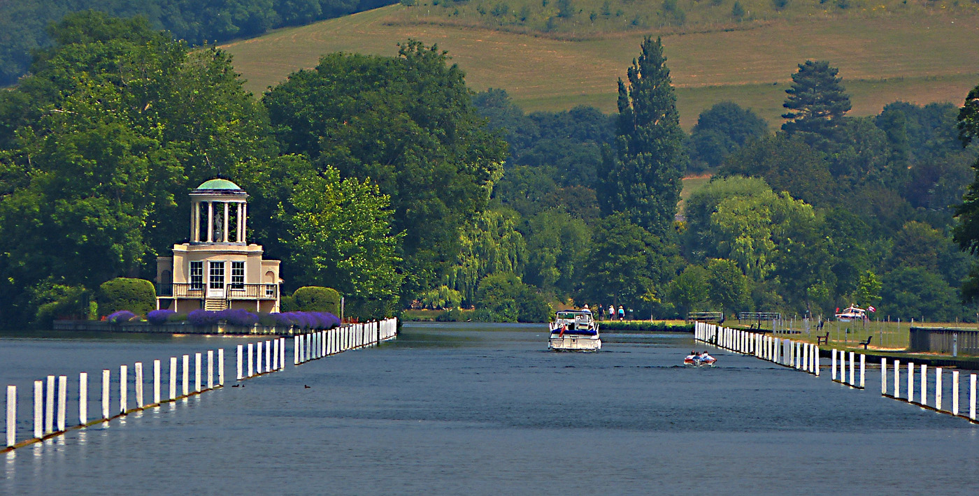 HENLEY RIVER COURSE by John Cano-Lopez.jpg