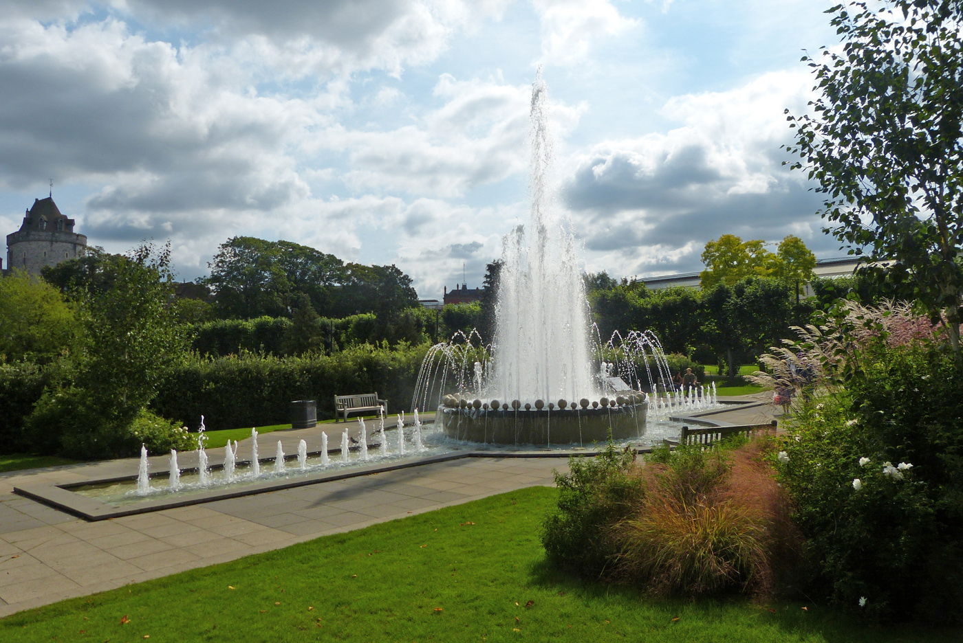 DIAMOND JUBILEE FOUNTAIN by John Cano-Lopez