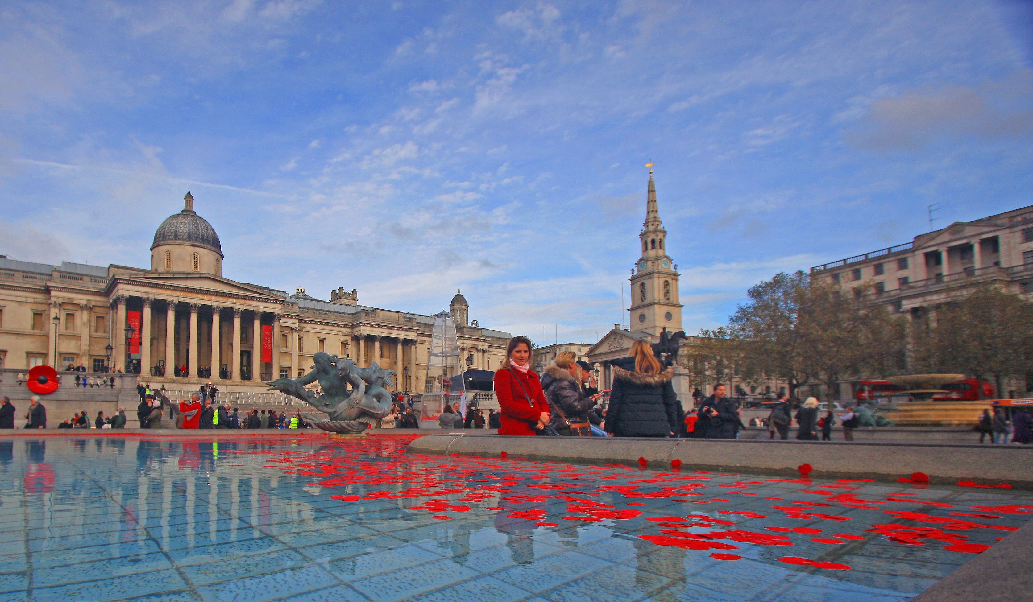 TRAFALGAR SQUARE MOURNS THE GREAT WAR by John Cano-Lopez.jpg