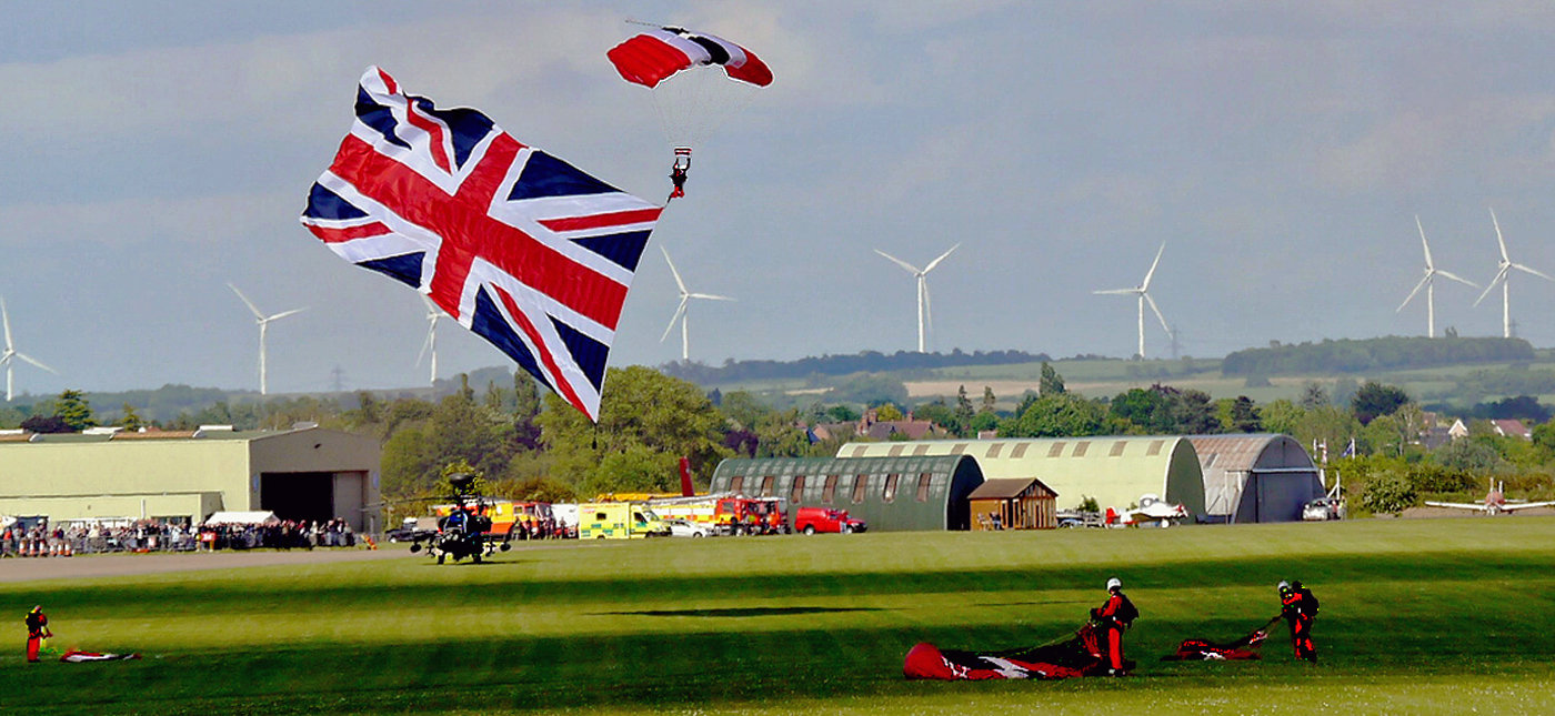 COMING IN TO LAND by Dave Taylor