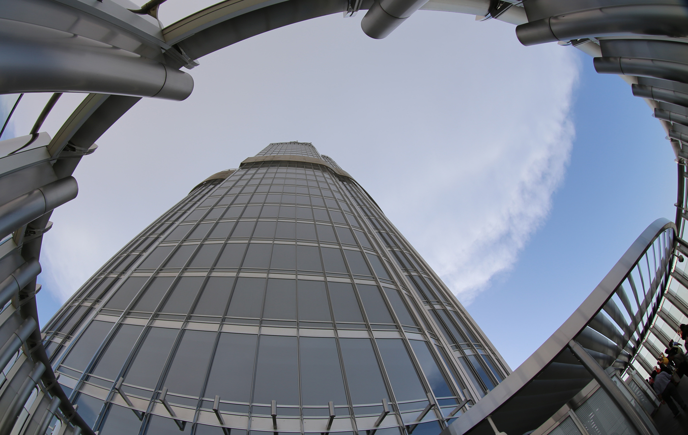 2722FEET BURJ KHALIFA IN SKY by Harvey Whittam.jpg