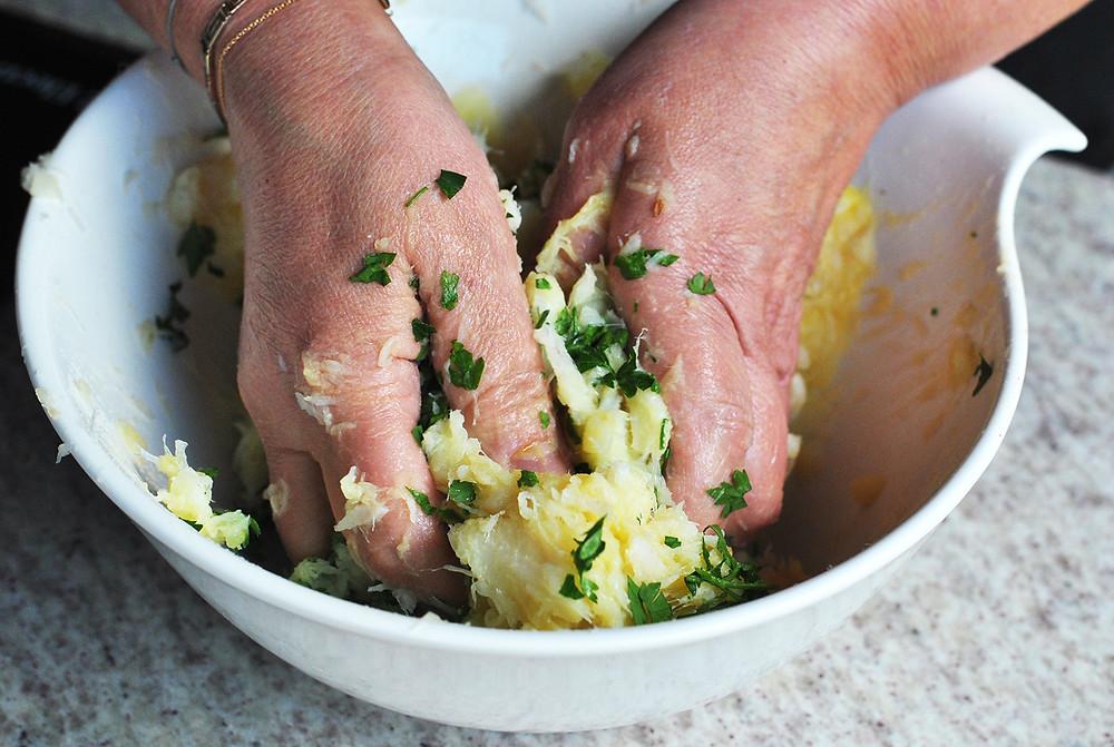 como preparar bolinho de bacalhau
