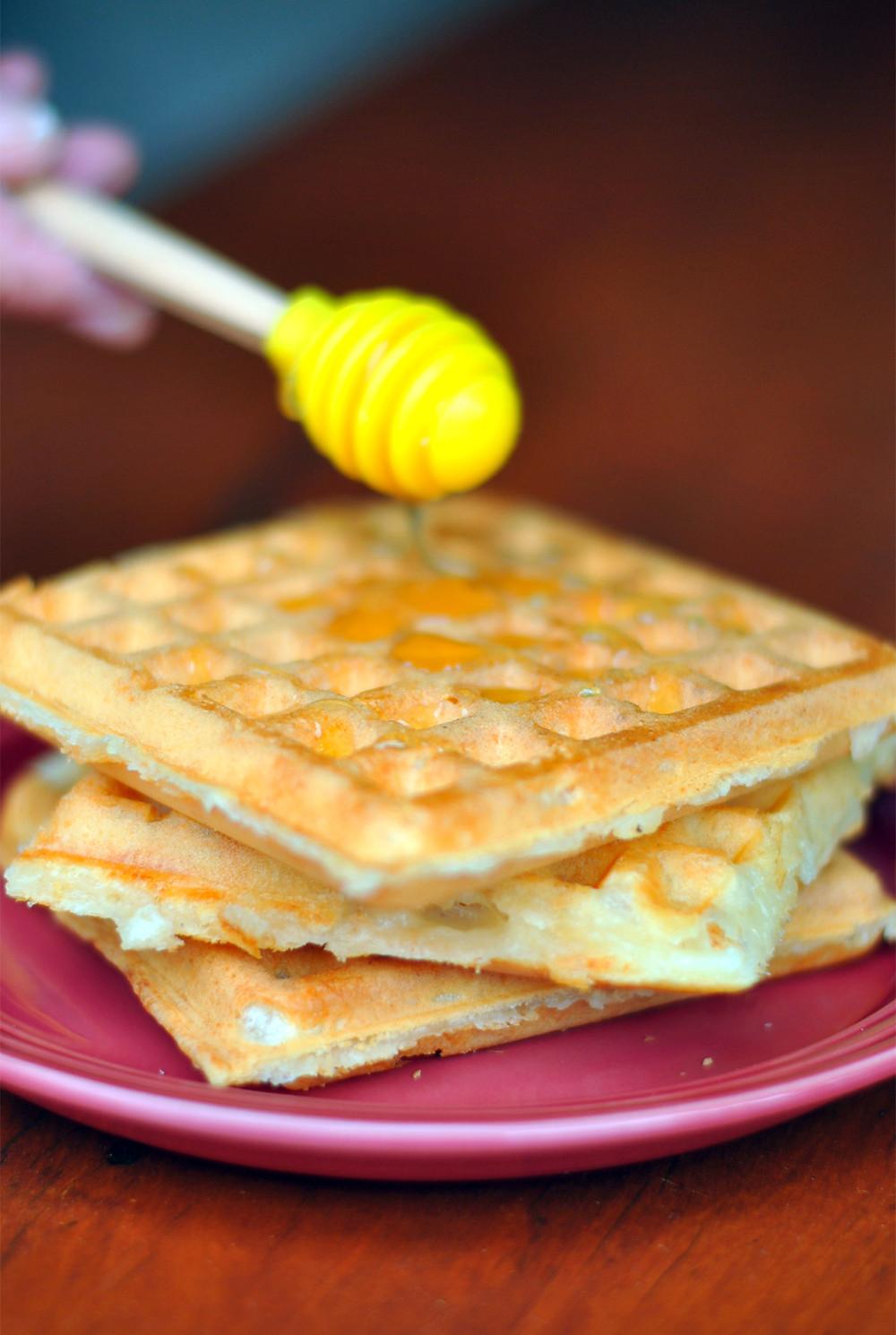 waffle pao de queijo mel