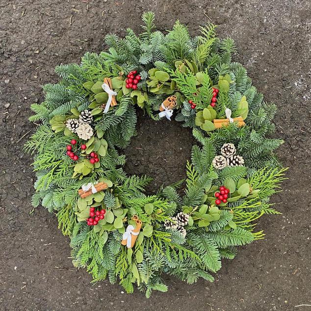 Holiday_Wreath_CinnamonStick_IMG_3468.jp
