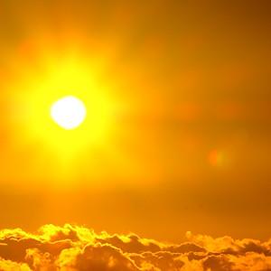 夕陽 瑞雲