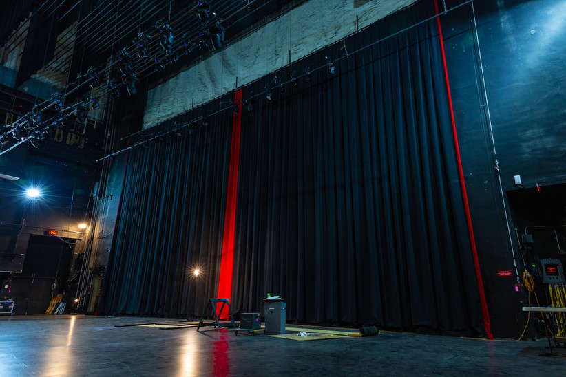 Grand Drape, Backstage View
