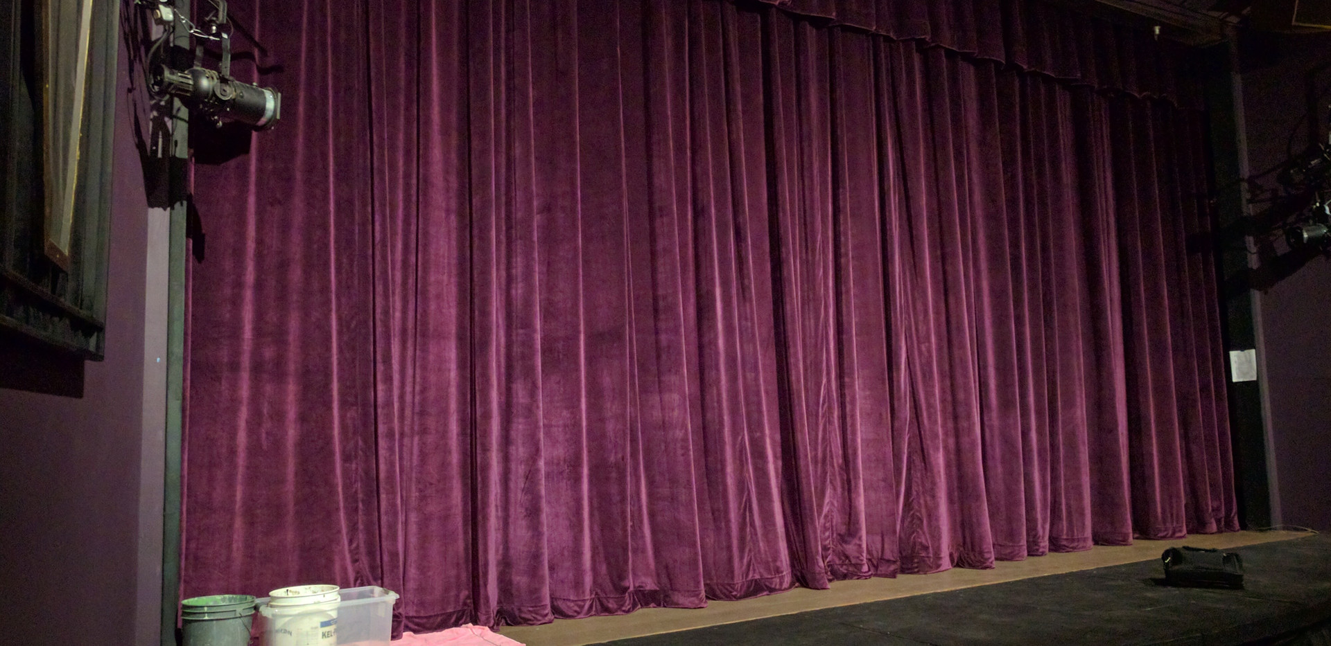 Bremerton Community Theater (New Grand Curtain)