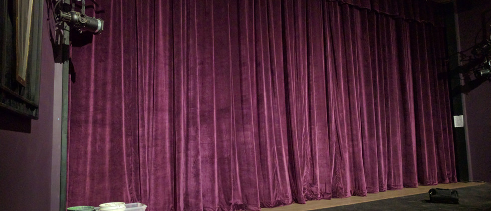 Bremerton Community Theater (New Grand Curtain)