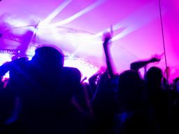 Winnipeg Folk Festival 2019 - FM Belfast (Crowd)