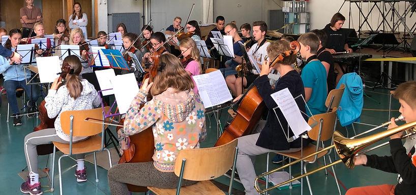 Erste Probe MSSO-Orchesterwochenende 2019_edited.jpg