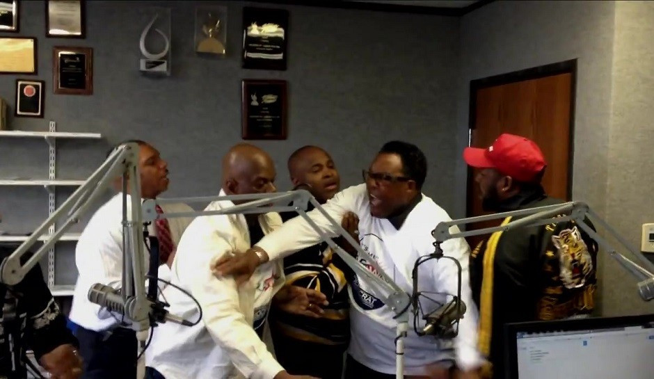 PASTORS CHOKE EACH OTHER OUT DURING LIVE GOSPEL RADIO
