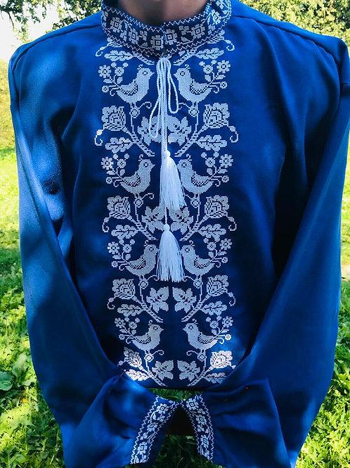 Вишиванка, чоловіча вишита сорочка на синьому домотканому полотні (Арт. 02371)