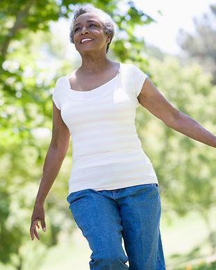 senior-woman-exercising-outside-in-park_rYHHVJRBs.jpg