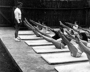 Joseph Pilates teaching a mat class