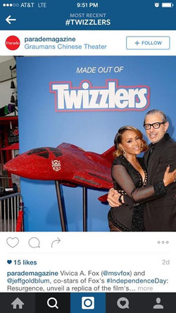 Independence Day 2 Twizzlers jet