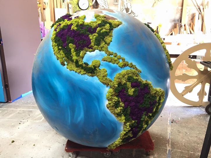 6ft globe with floral and moss