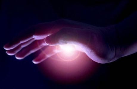 healing-hand-772x500.jpg