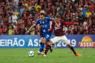 Flamengo 3 x 1 Cruzeiro: estreia com derrota no Rio