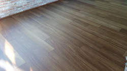 002 Iroko maxi plancia verniciata ignifu