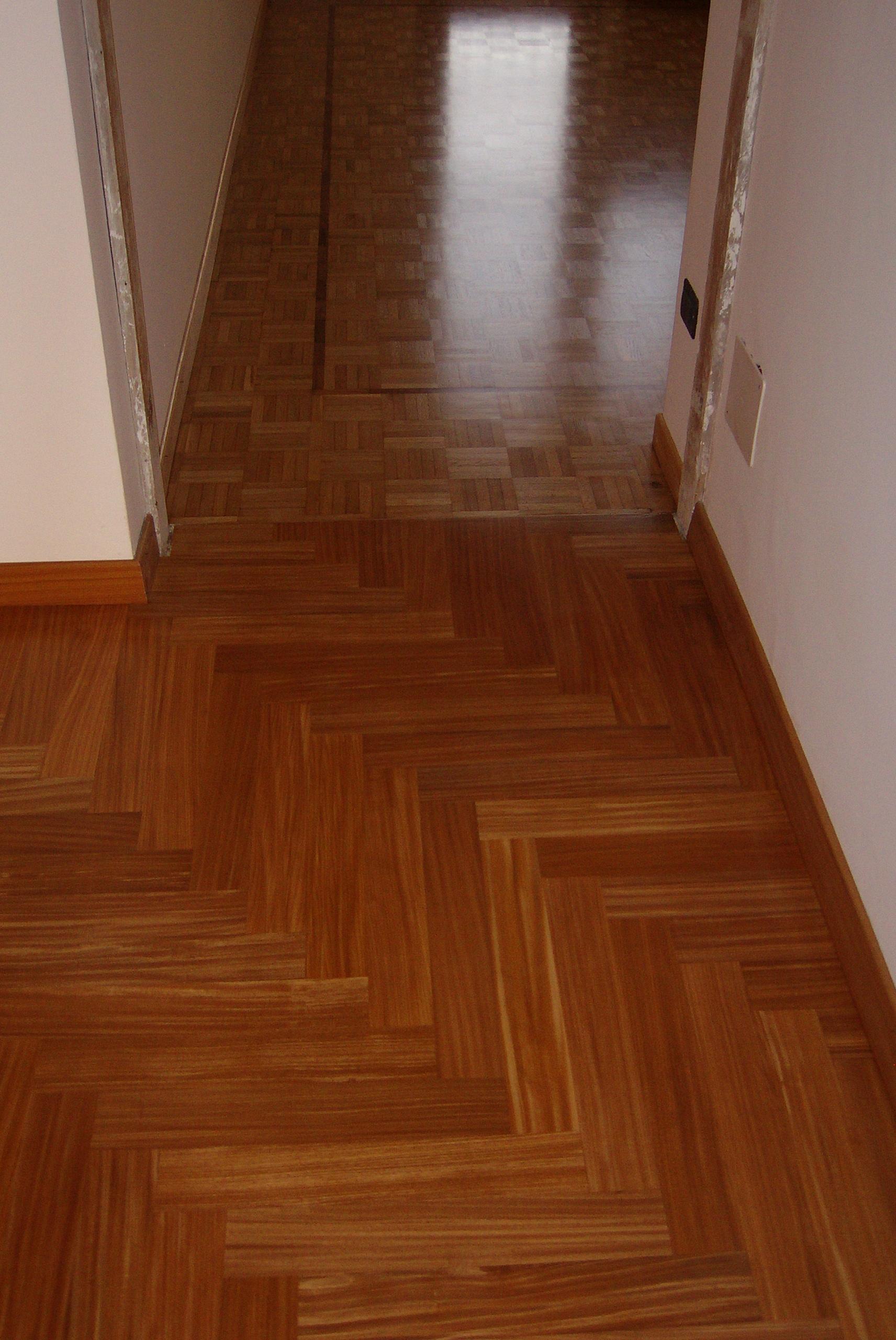 118 Pavimento verniciato satinato - priv