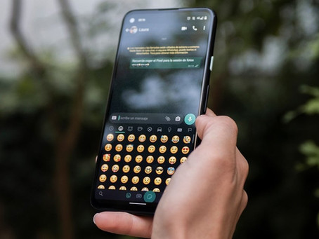 """¿Sabías que tu teléfono puede """"leerte"""" los emojis?"""