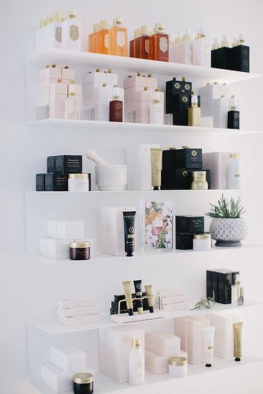 SORELLA-Shelves-07.jpg