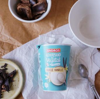 Idée de petit déjeuner : éclats de tasses avec du Andros Gourmand et Végétal