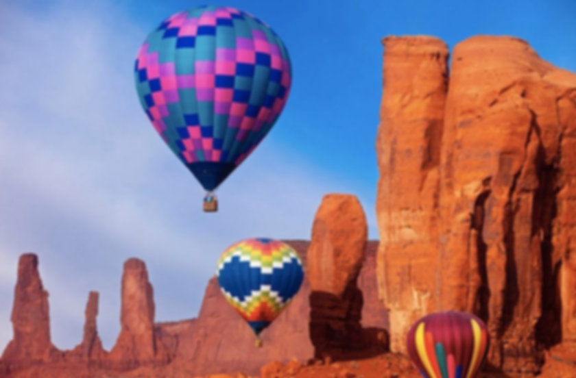 best-hot-air-balloon-rides-flying-over-A