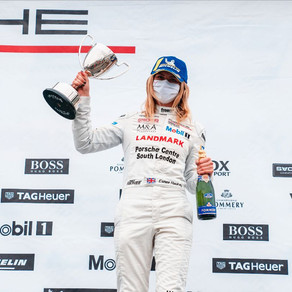Esmee Hawkey marches toward Porsche title with double Silverstone success