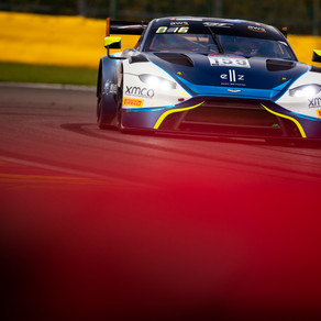 Andrew Watson set for GT World Challenge title decider