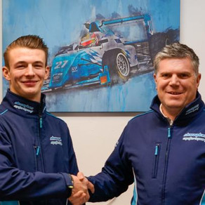 Kiern Jewiss remains with Douglas Motorsport for BRDC British F3 in 2020