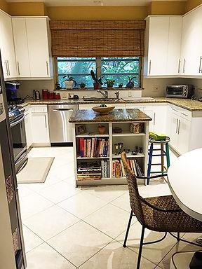 miami-neat-kitchen-organization-after.jp