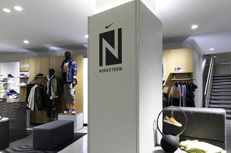 Nordstrom's first NYC store offers cocktails, anytime pick up — even a shave