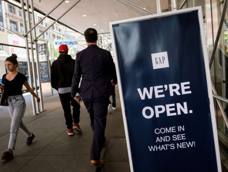 Gap plans to shutter 'hundreds' of its flagship stores