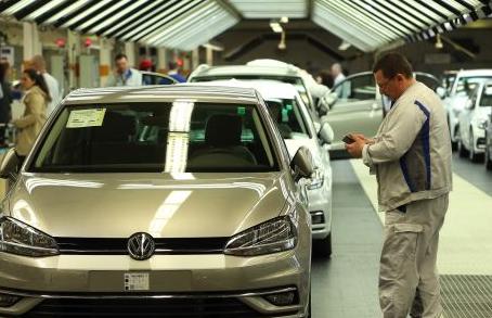 The EU is reportedly considering international talks to cut car tariffs