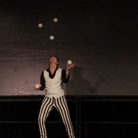 🌴✨Cirque Mirage✨🌴 Juggling! At your Ne
