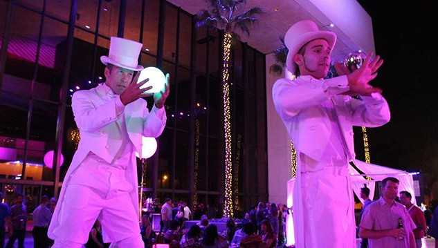 🌴✨Cirque Mirage ✨🌴 Book our white tux