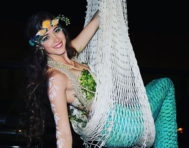 ✨🌴Cirque Mirage 🌴✨ our mermaid perform