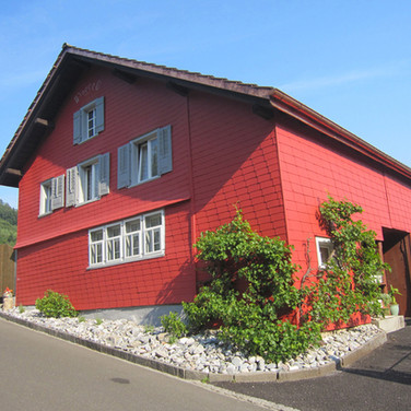 Haus in neuer Farbe