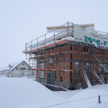 Baustelle im Schnee